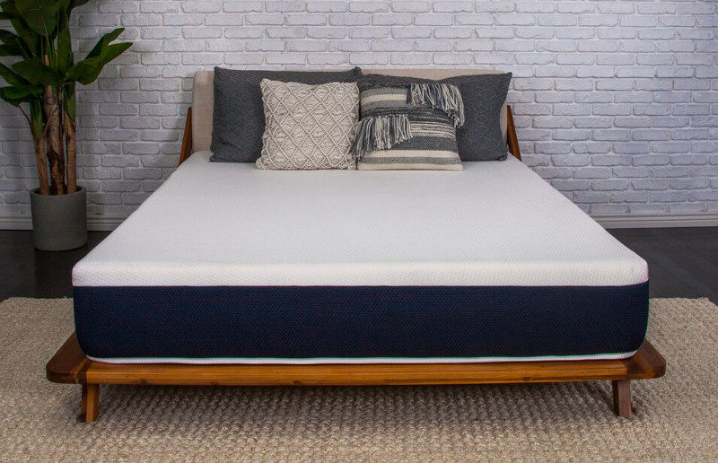 The Brooklyn Bedding Bowery Mattress Is S Newest This Introductory Priced Will Be Easy On Your Back And Wallet