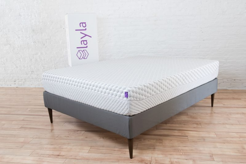 The Layla Mattress Is Not Your Average Bed In A Box Two Features Of This Set It Apart From Many Its Compeors Fact That Sided
