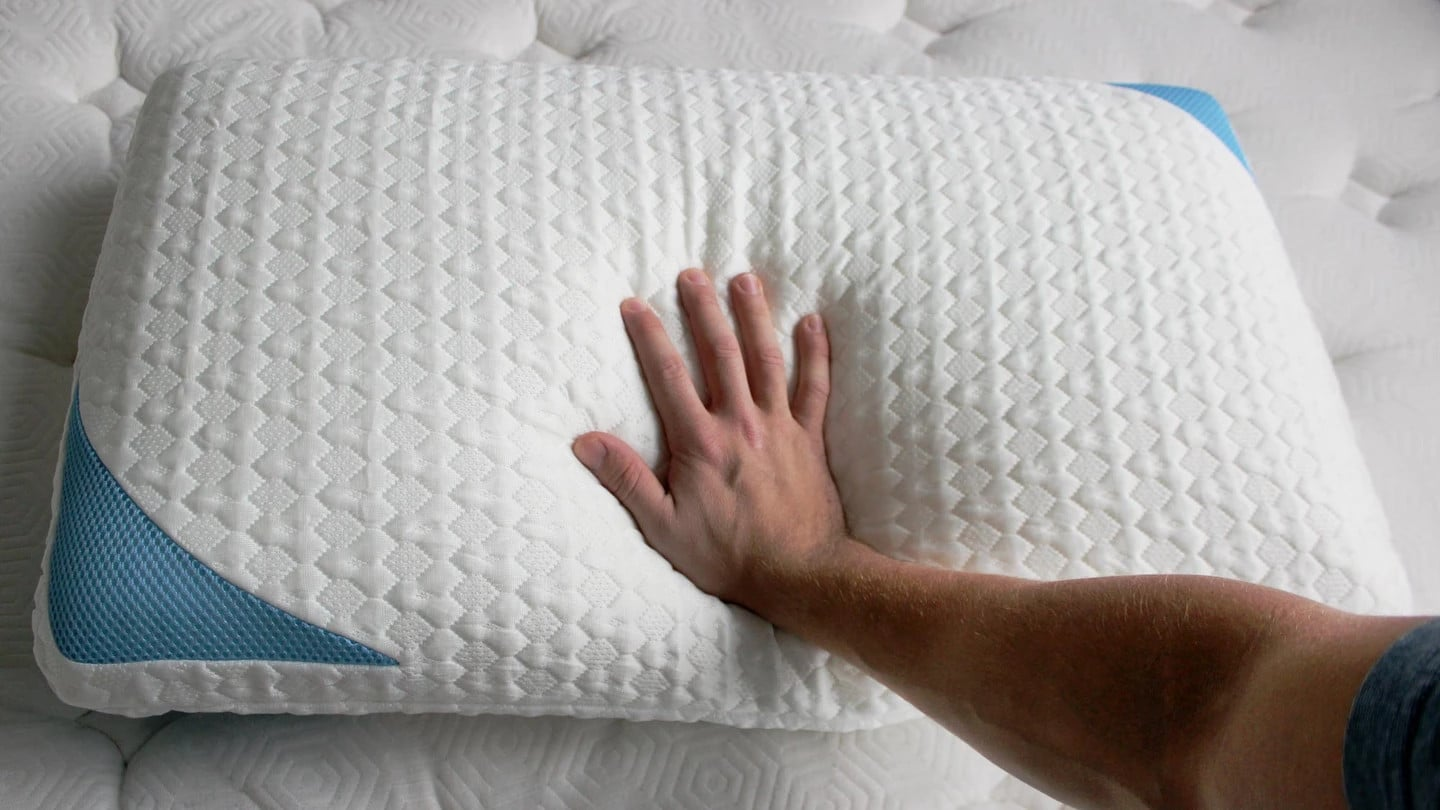 materials in the cool bear pillow