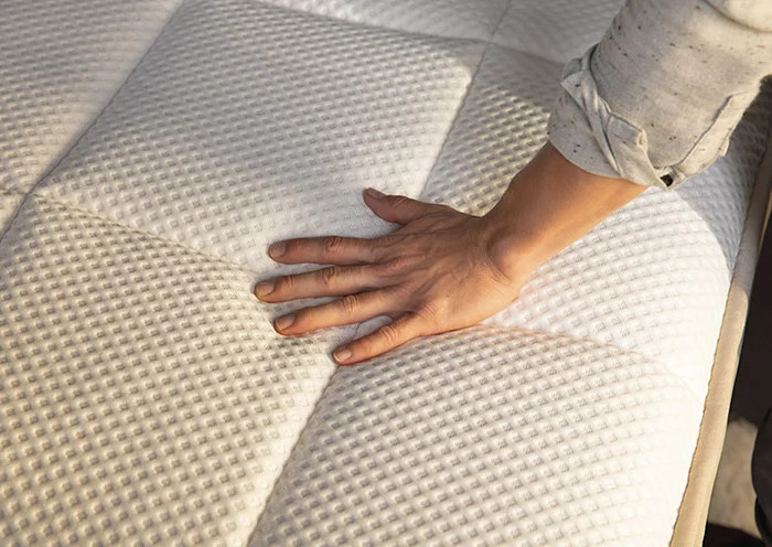 is the dreamcloud of the oceano mattress better?