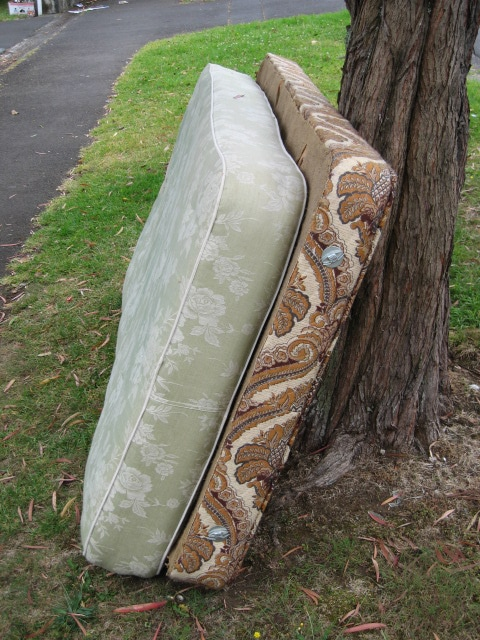go load up mattress removal