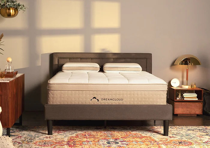 is the dreamcloud better than the winkbed