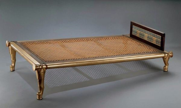 egyptian inclined bed