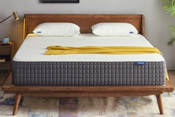 best memory foam mattress Amazon