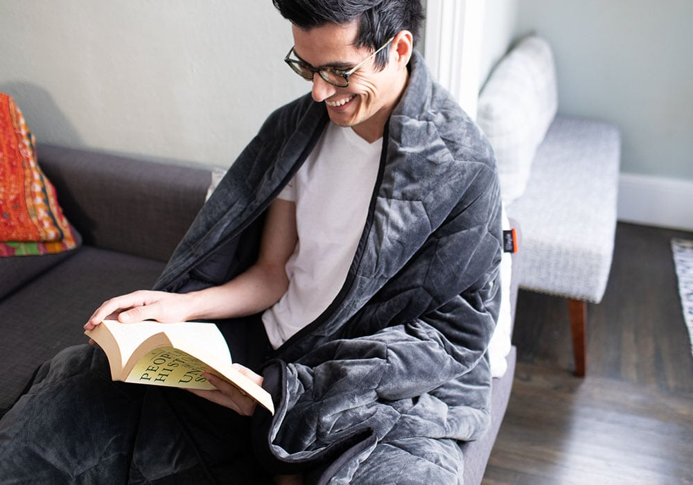 weighted blanket while reading