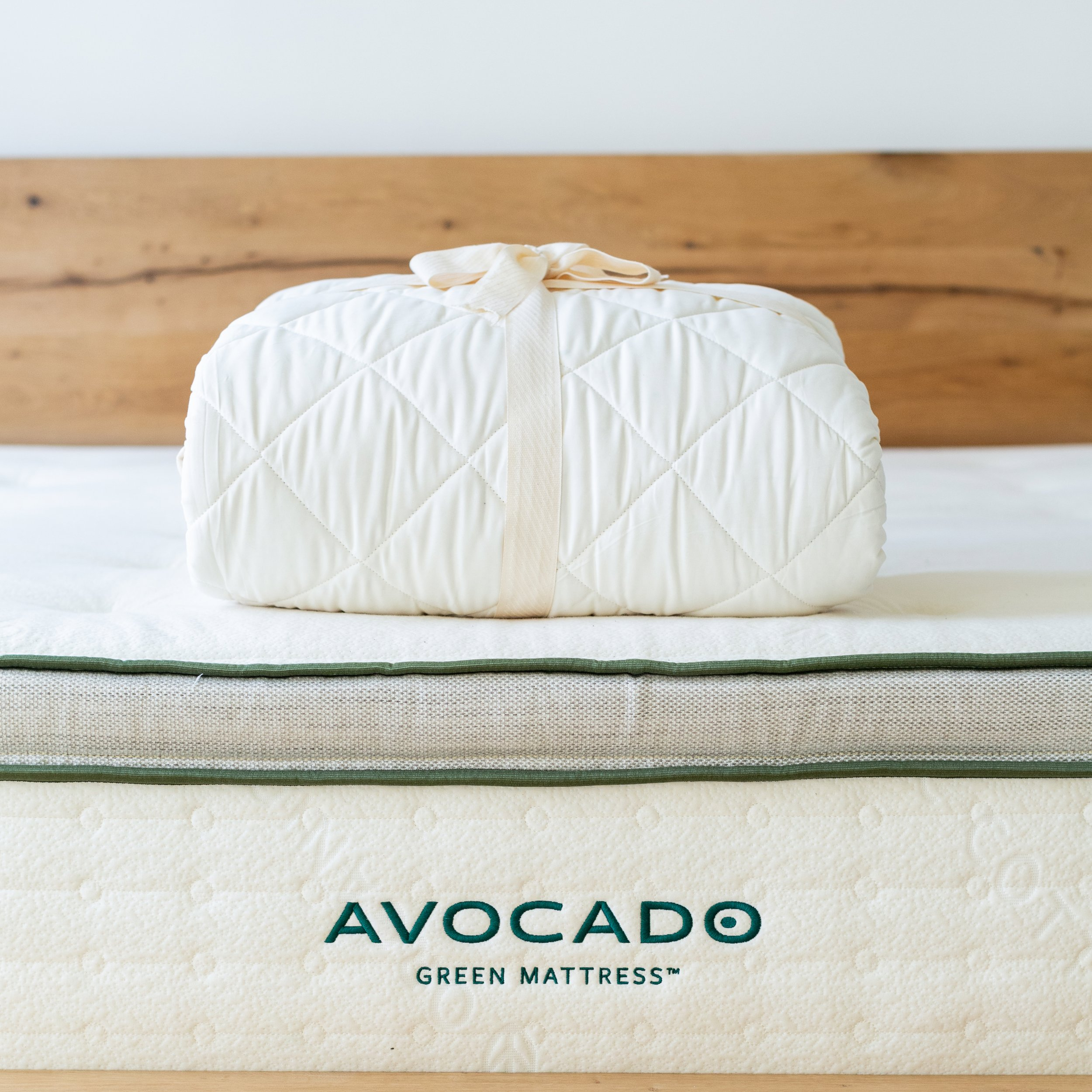 review avocado mattress protector organic cotton