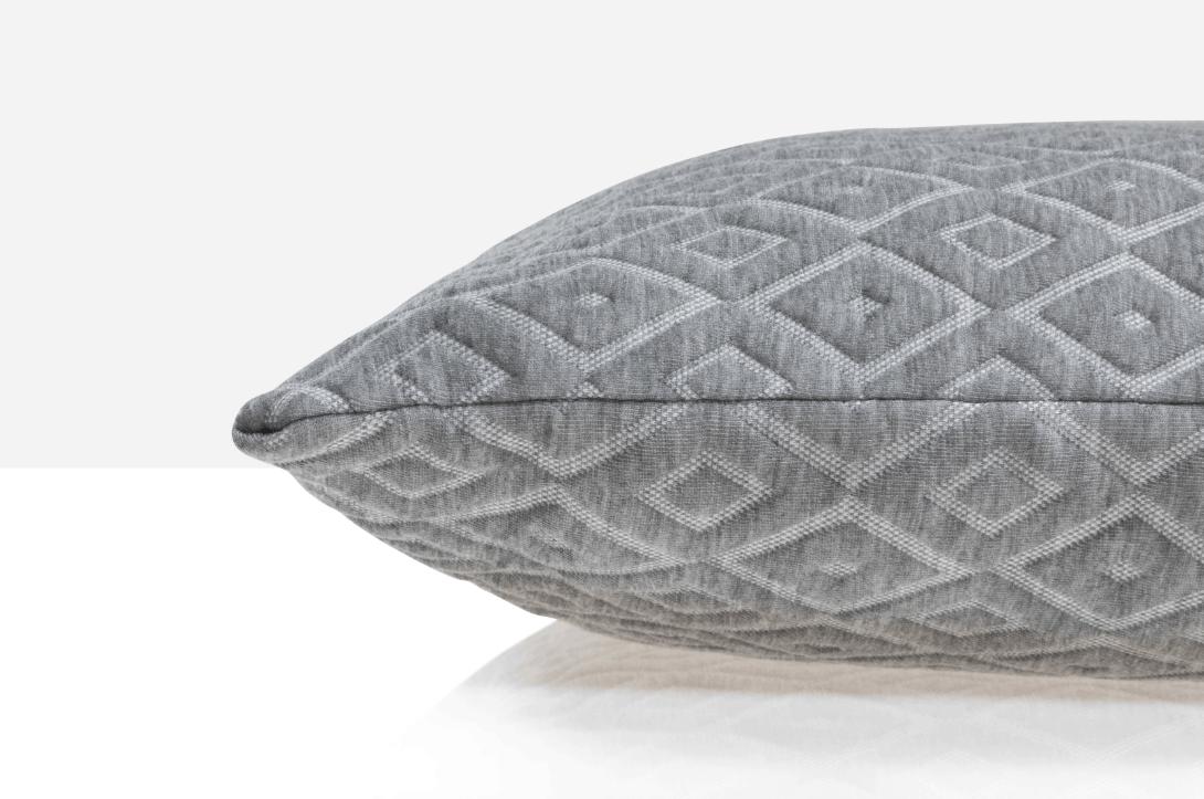 corner of eli em pillow review