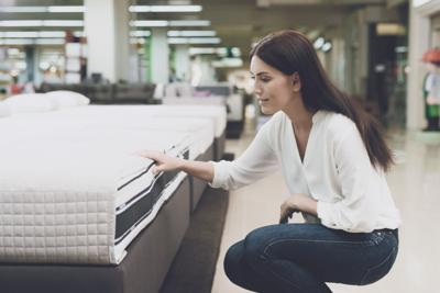 mattresses in store vs online