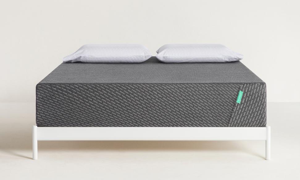 tuft and needle mint mattress VS puffy mattress comparison