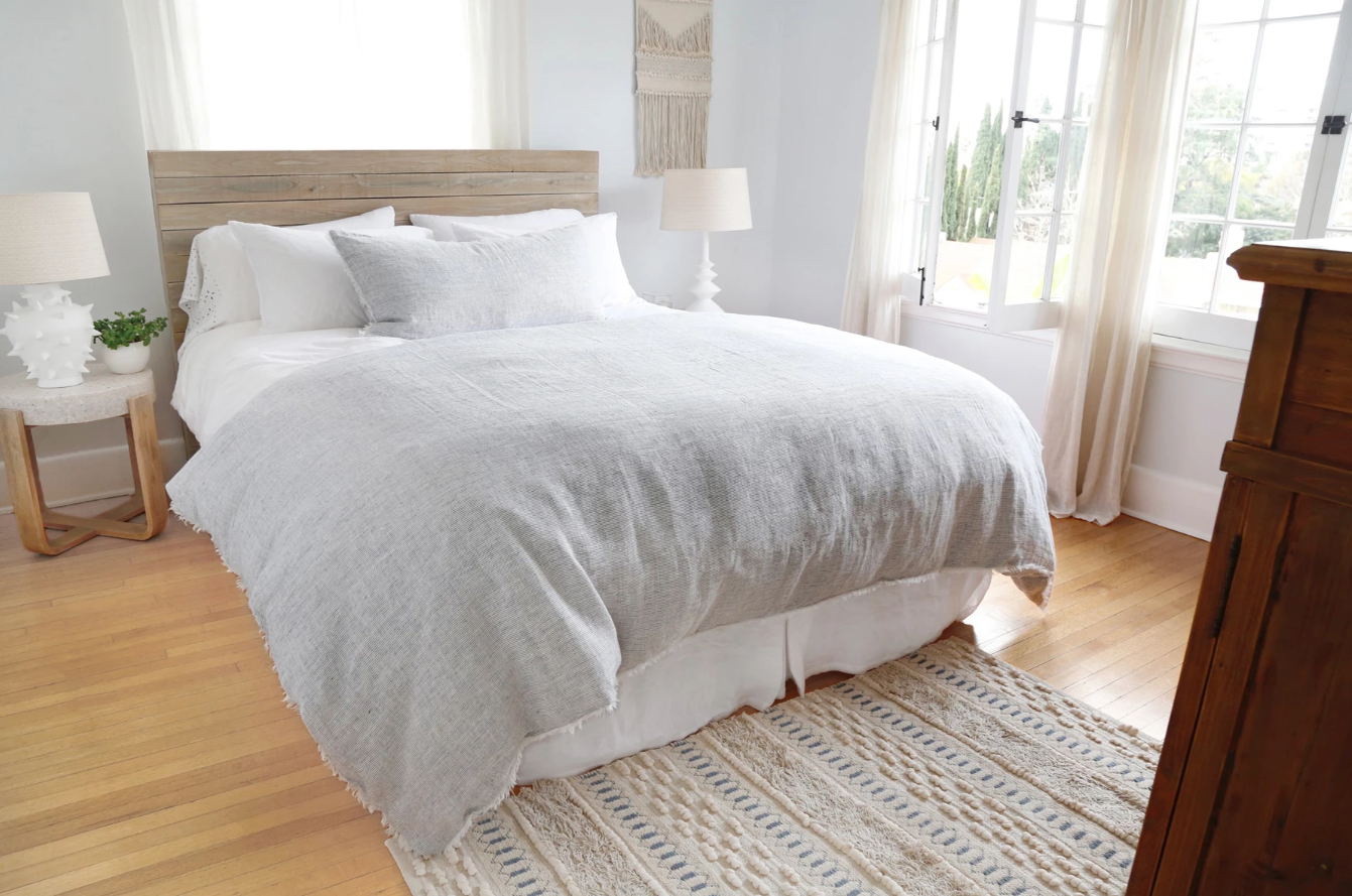 lightweight colors and textures summer sleep tips