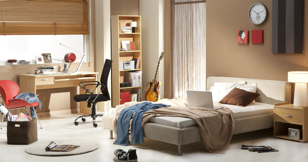 get the clutter out of your bedroom to sleep better