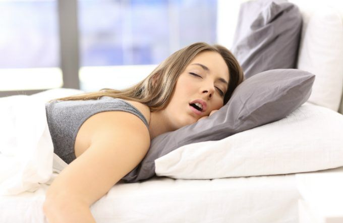 how to wake up if you're a heavy sleeper