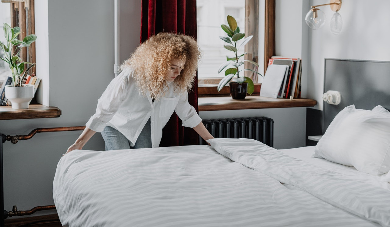 bedding and sheets and making your bed