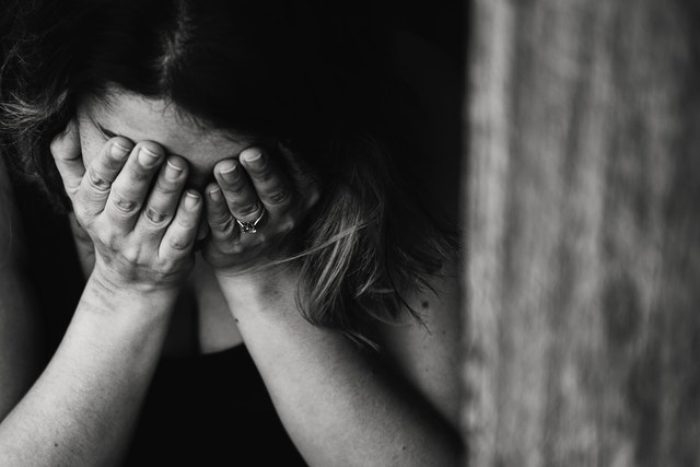 headaches and migraines caused by hormone changes
