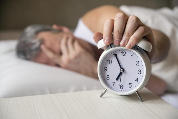 is watching tv at night ruining your sleep