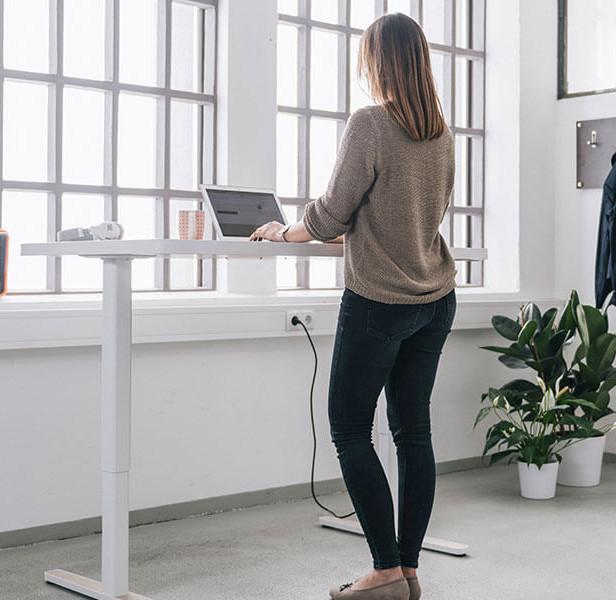 yaasa standing desk