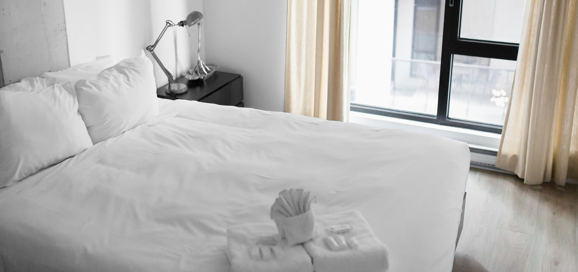 bedding what is the difference between a duvet and a comforter?