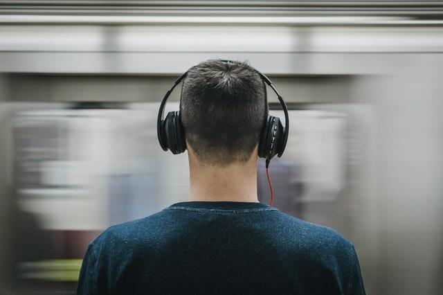 noise canceling headphones and earplugs for better sleep