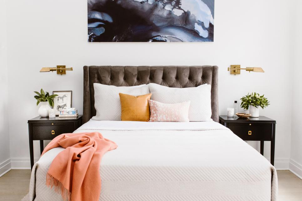 hot to create the ultimate guest bedroom