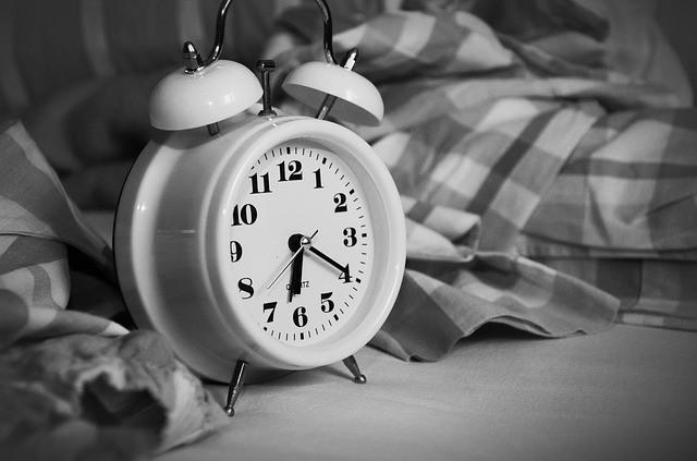 sleep schedules can prevent snoring