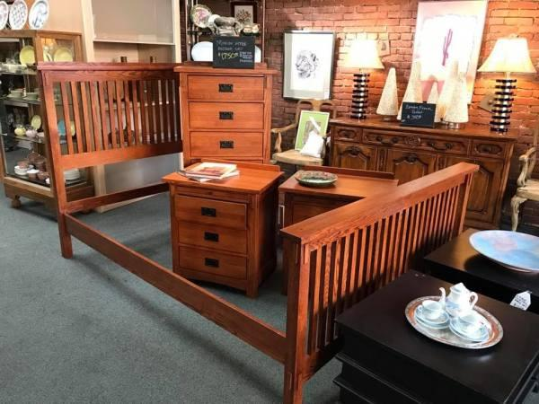 thrift shop for bedroom furniture