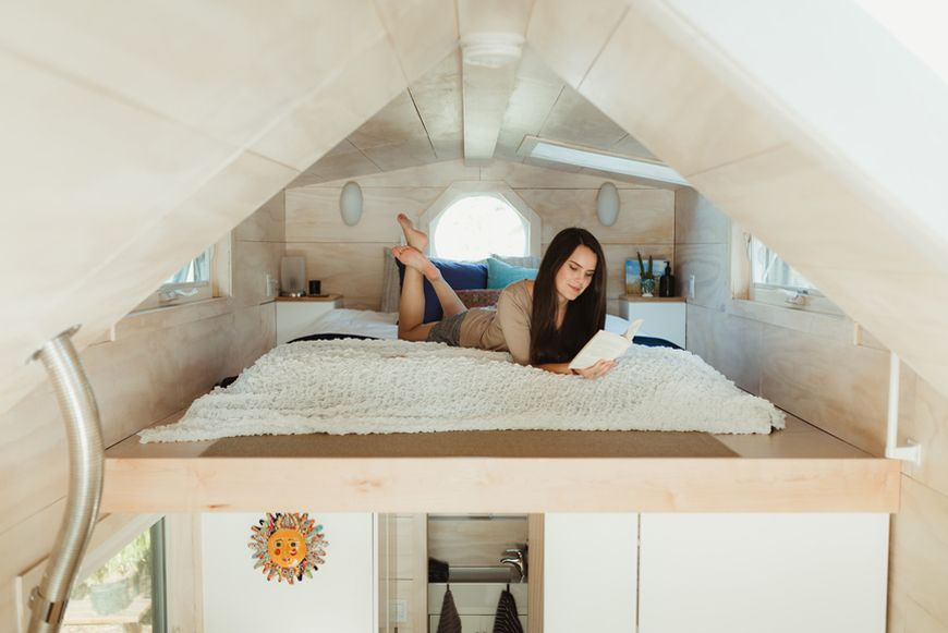 how to sleep in a tiny home