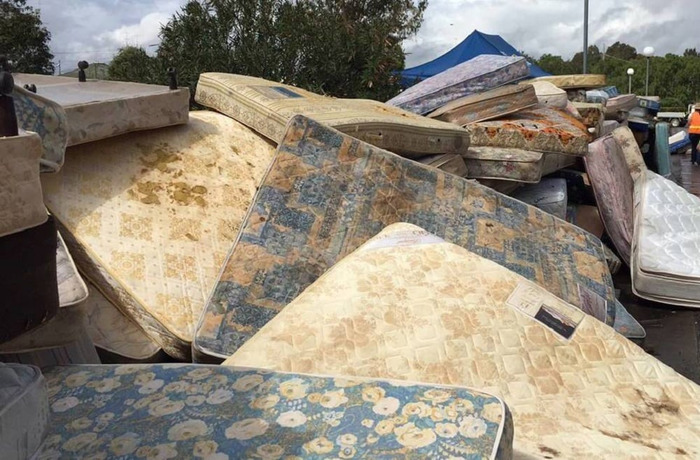how to throw away your old mattress