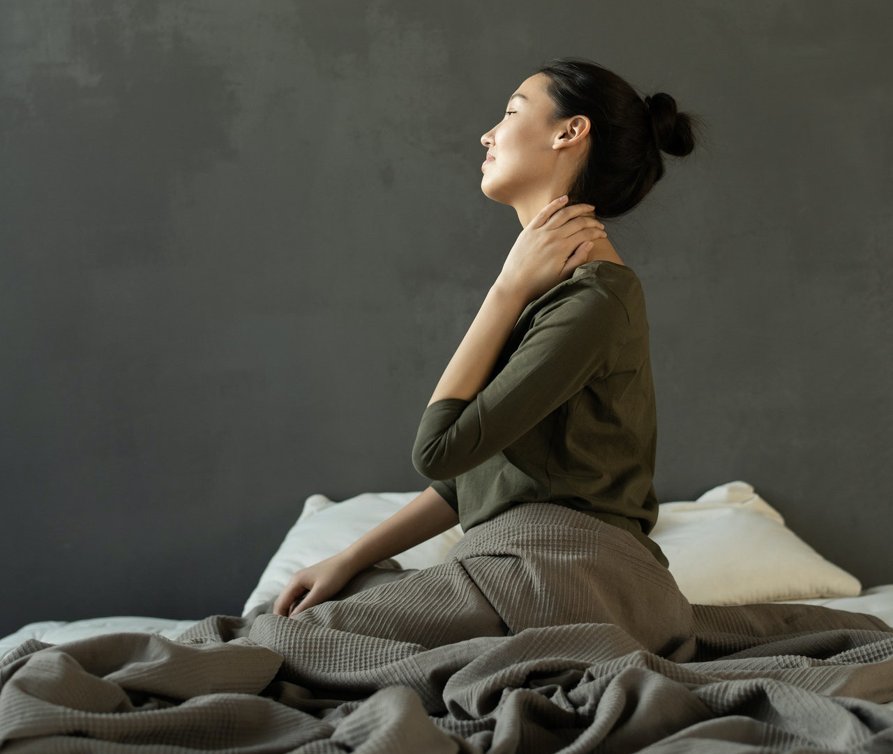 mattress is causing neck and back pain