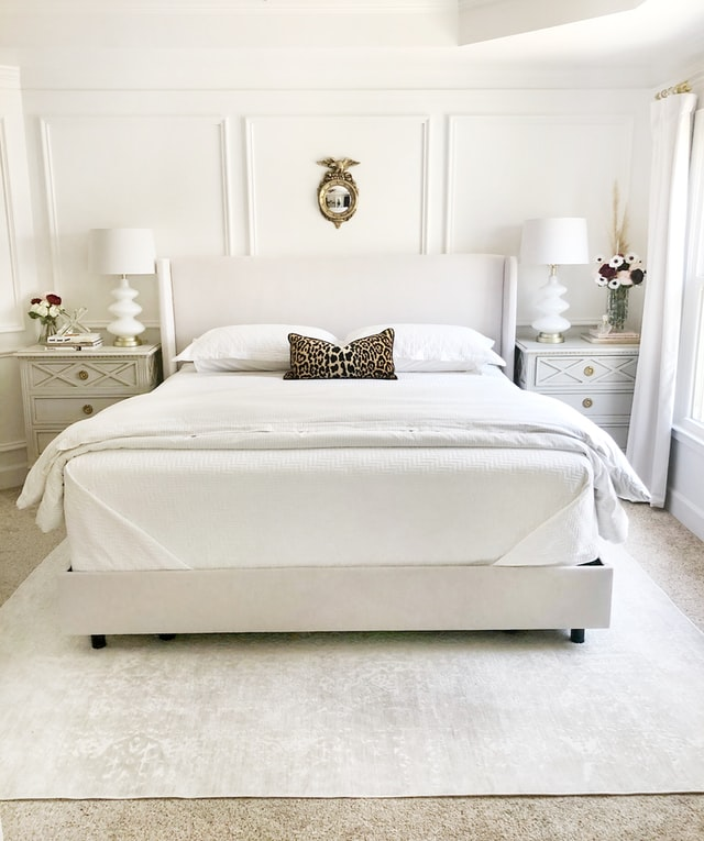 clean modern minimalist style bedroom design