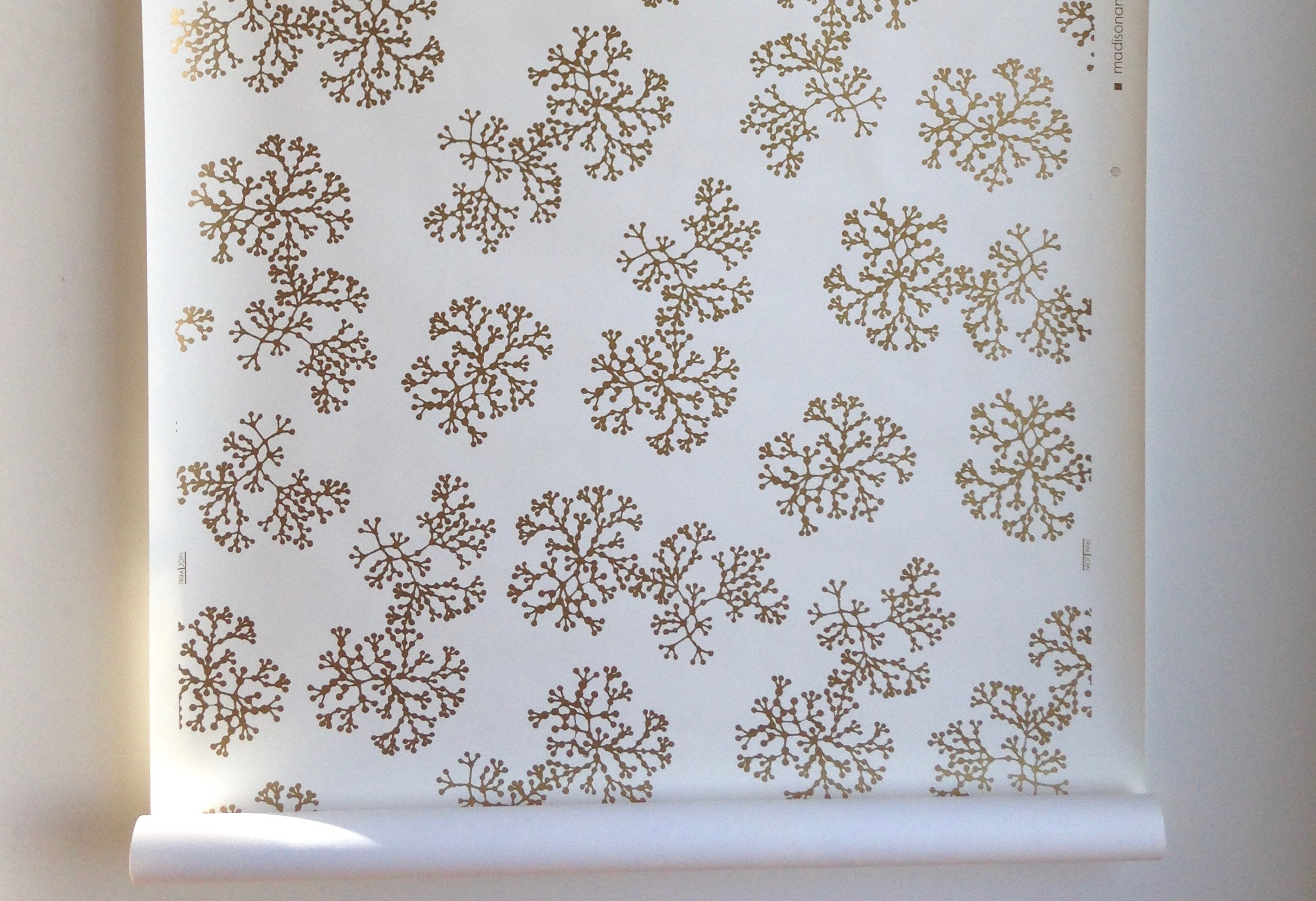 wall paper for sustainable bedroom