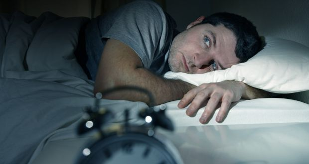 how to sleep while quitting smoking