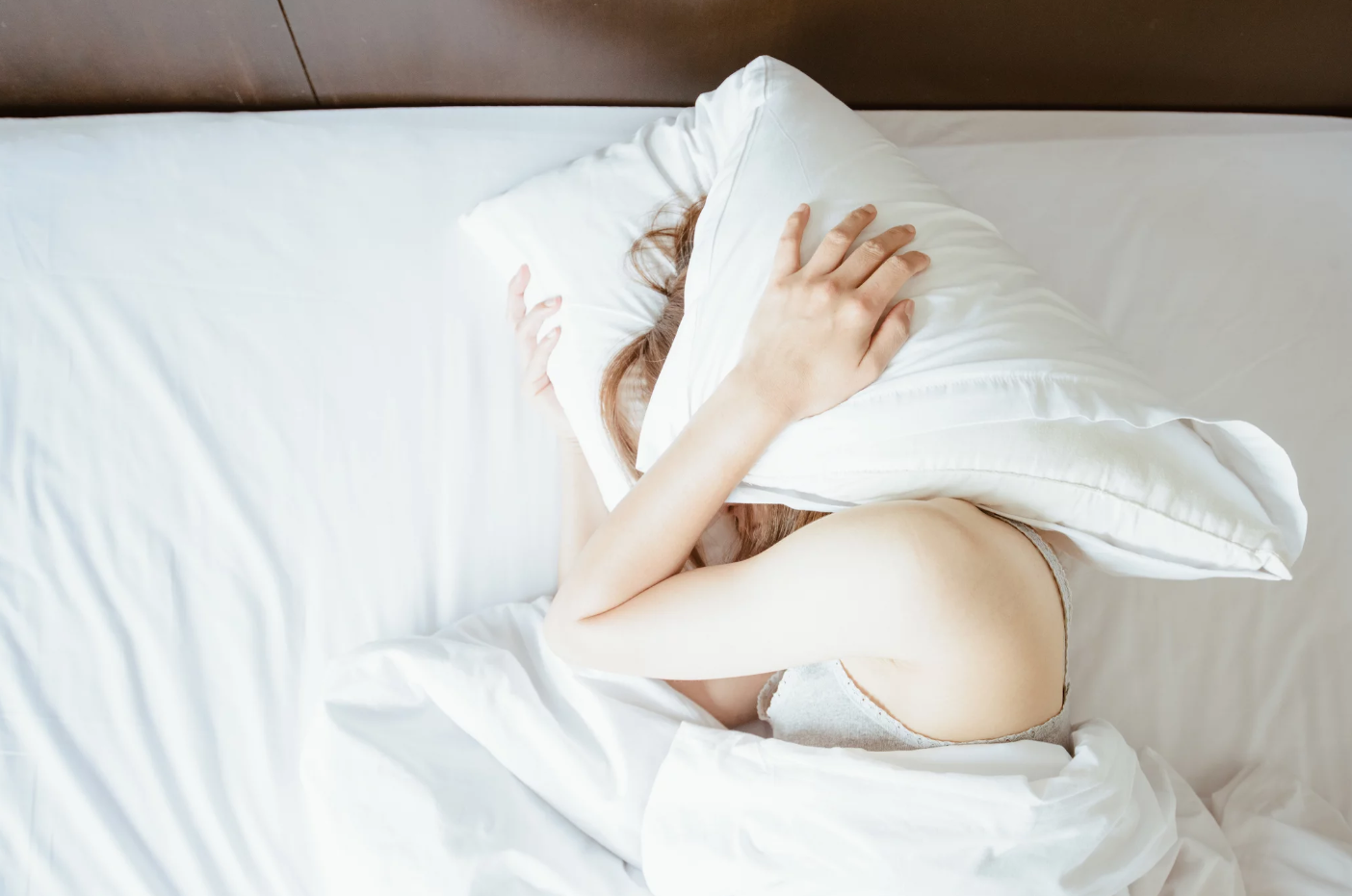sleeping with white noise machines good or bad