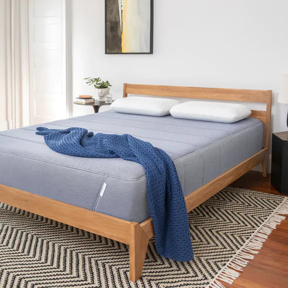 tuft and needle hybrid mattress overall