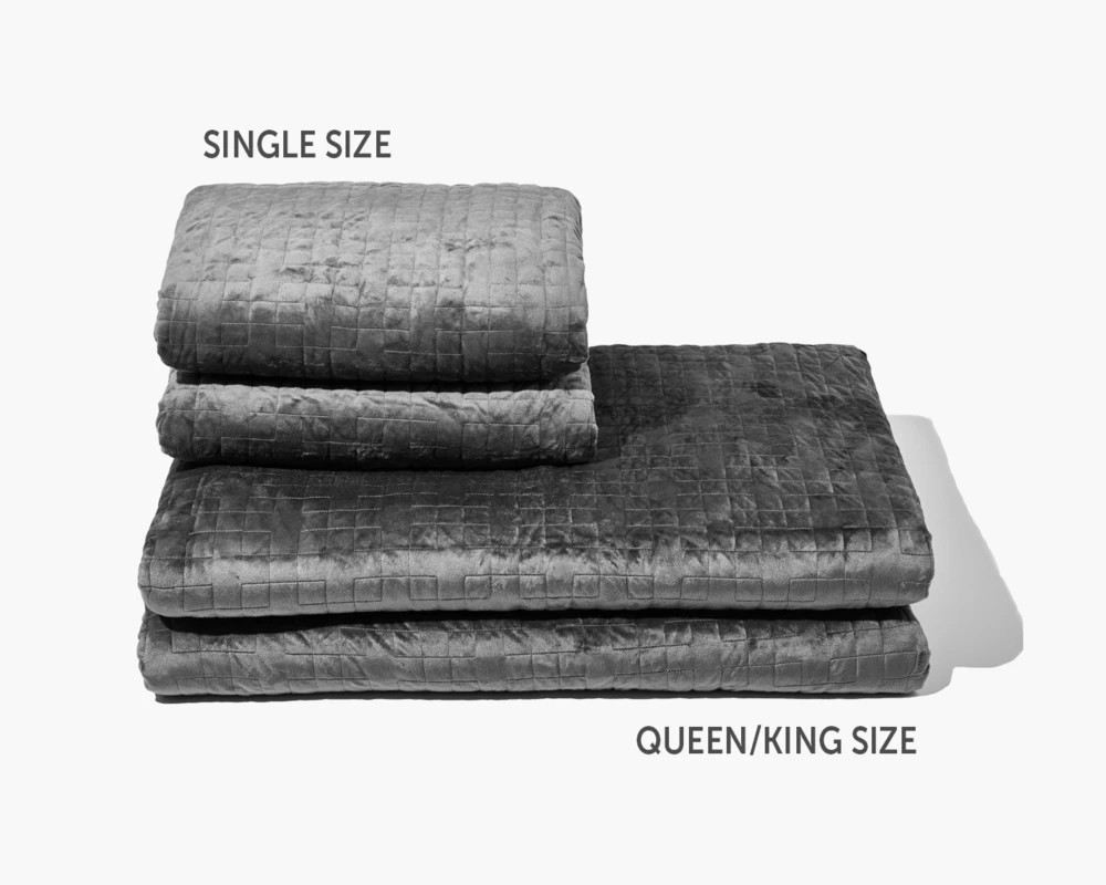 size and weight options for the weighted blanket