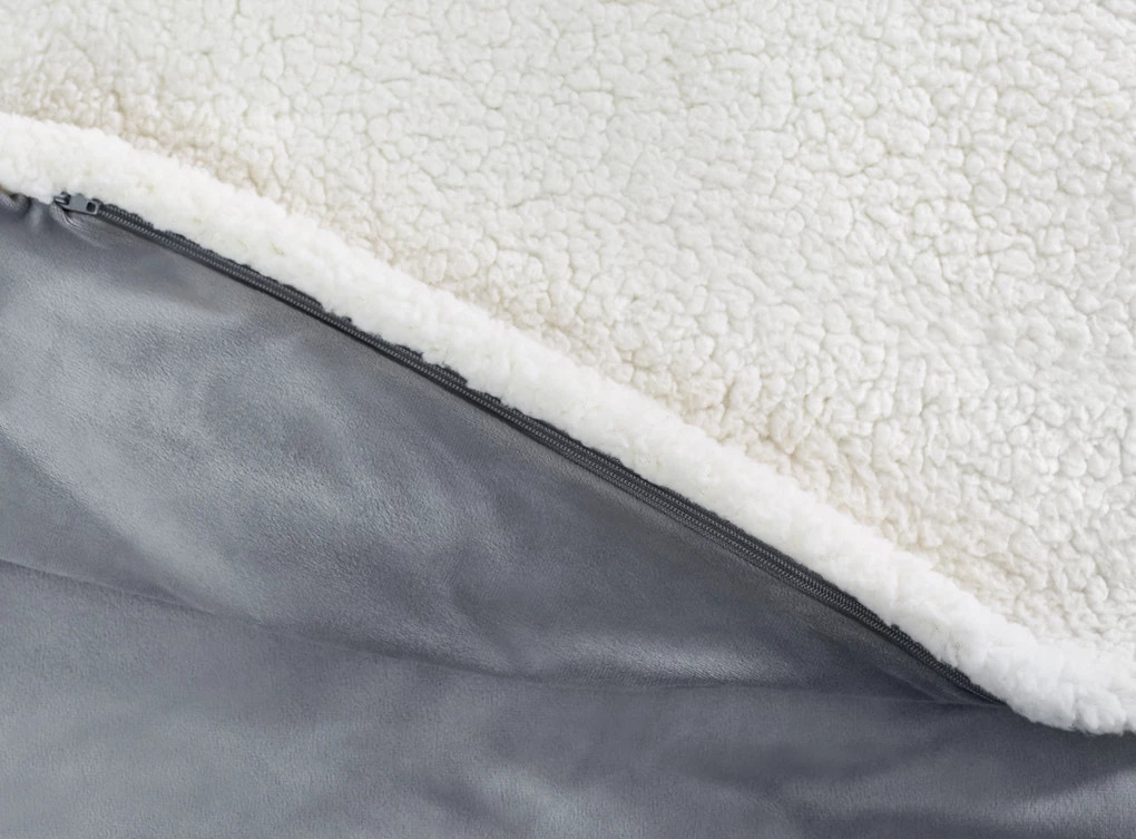 stay cozy with the weighted blanket by helix sleep