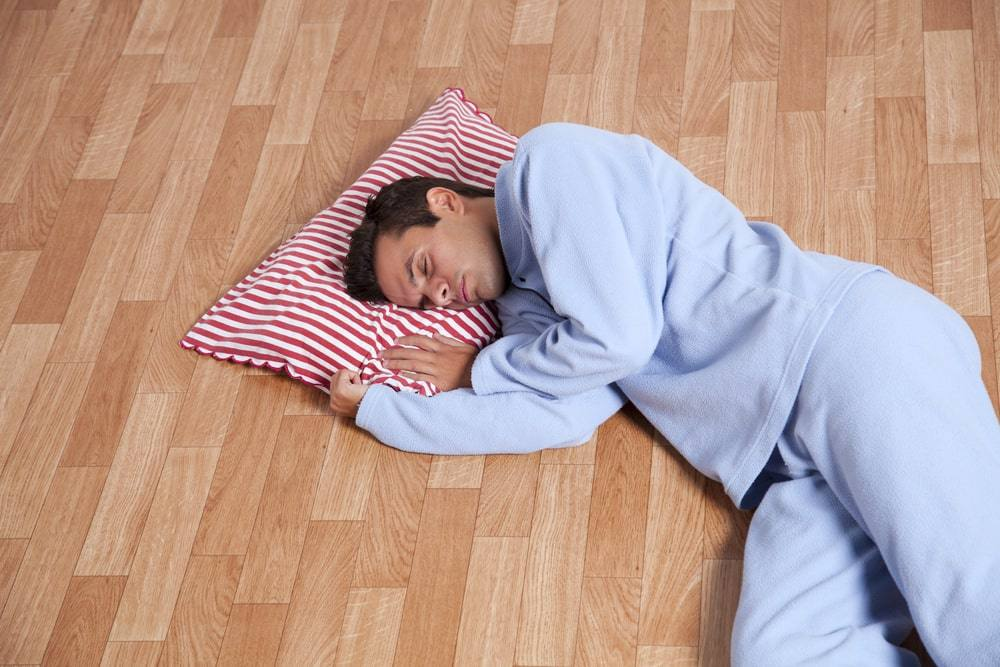 pros and cons to sleeping on a firm mattress