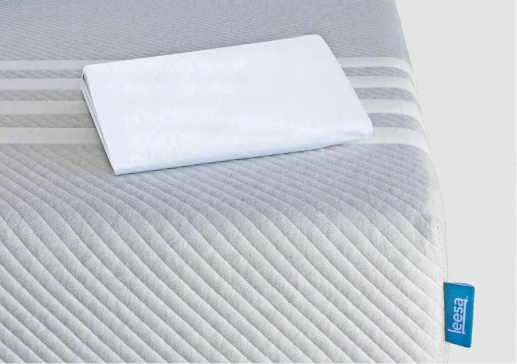 the leesa mattress pad protection waterproof