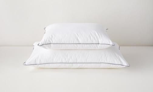 alternate down pillow review tuft & needle