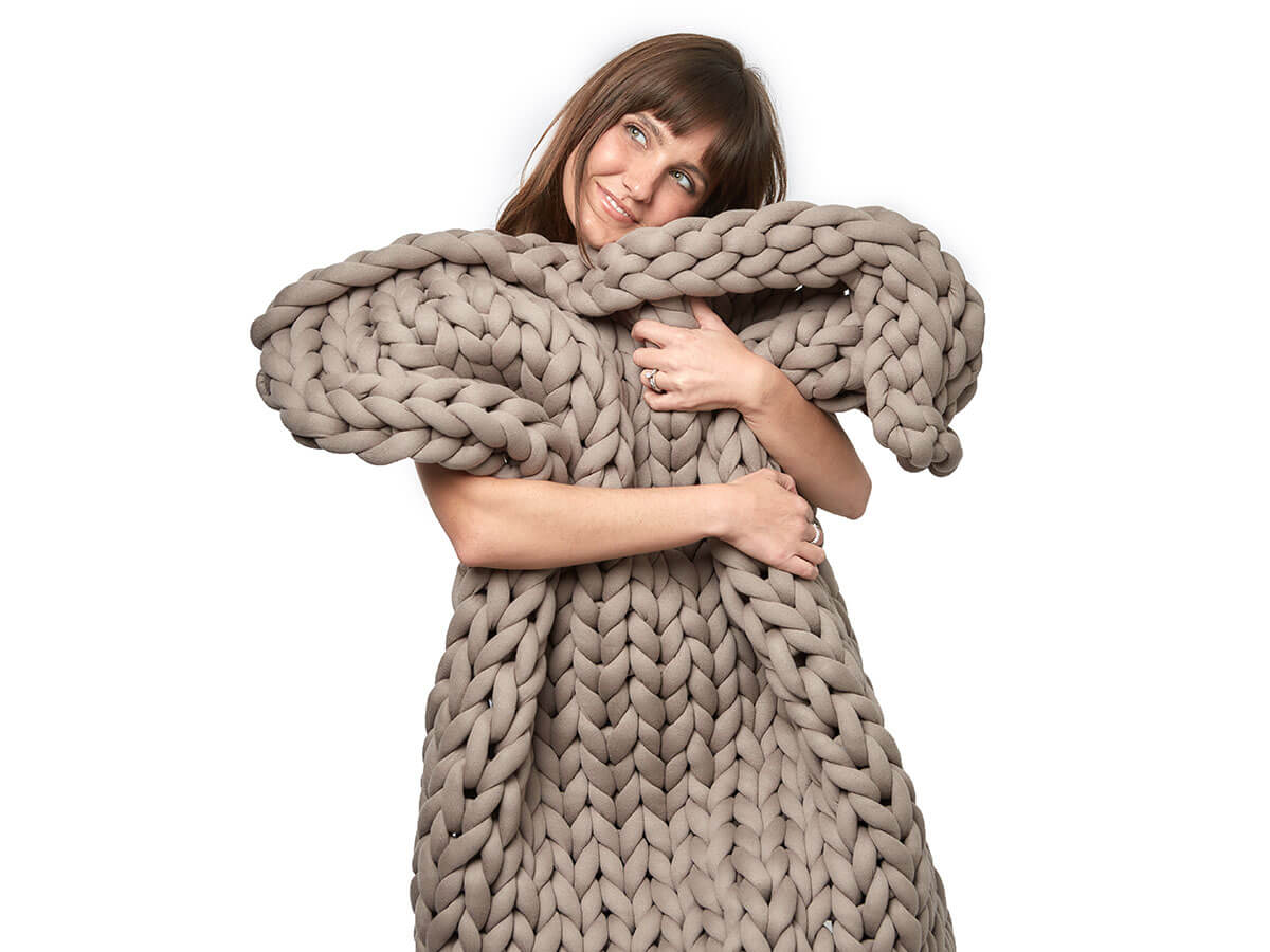 the huggable weighted blankets