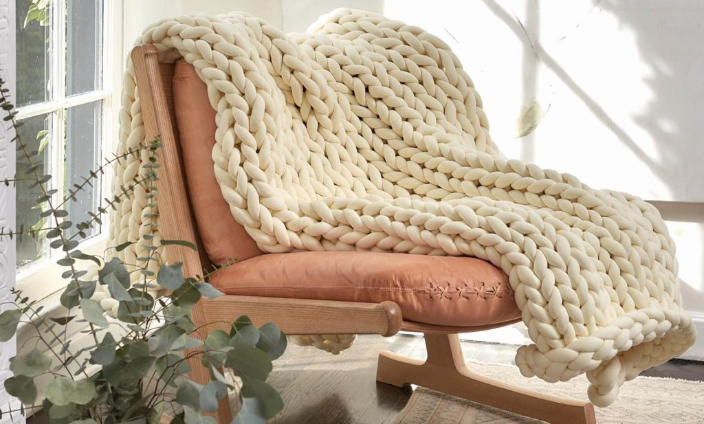 knitted weighted blanket review