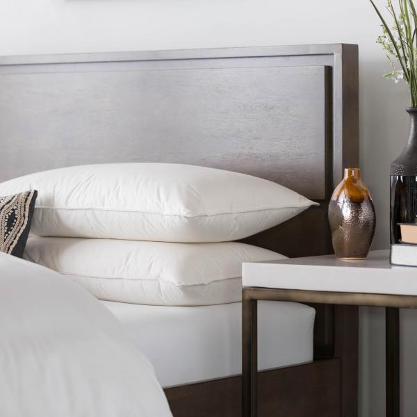 down feather pillow that won't fall flat