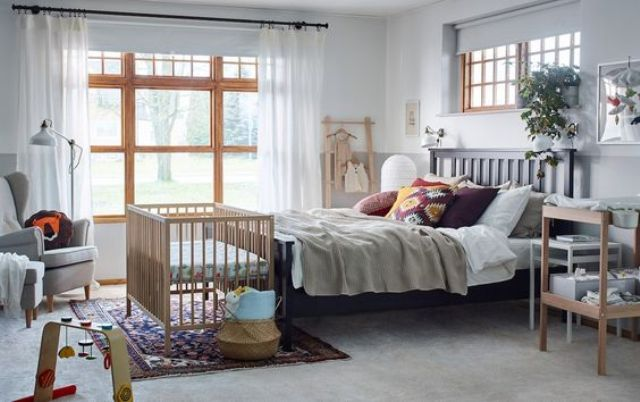 set up a bedroom with your crib