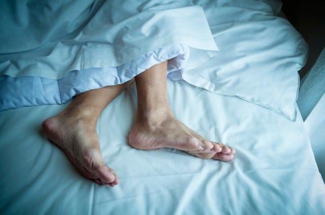 elderly sleep habits and rls