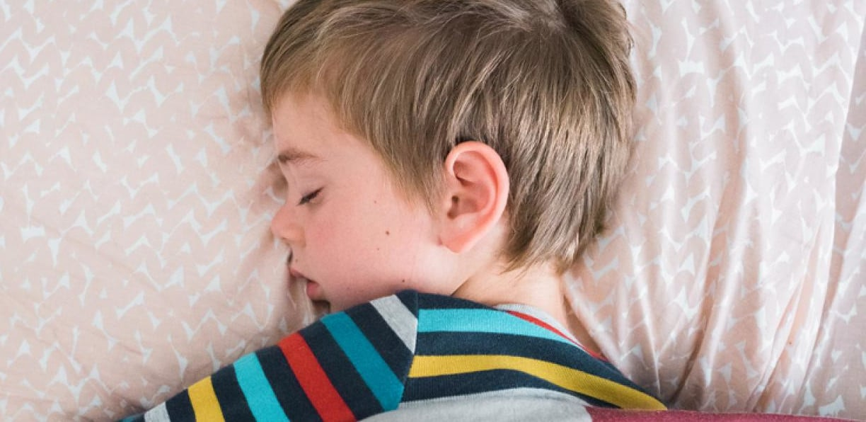 kids sleep routines during the summer