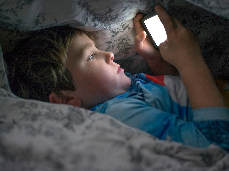 summer sleep tips for kids and teens