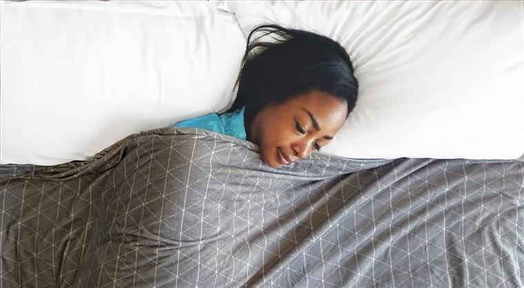 weighted blanket help you sleep