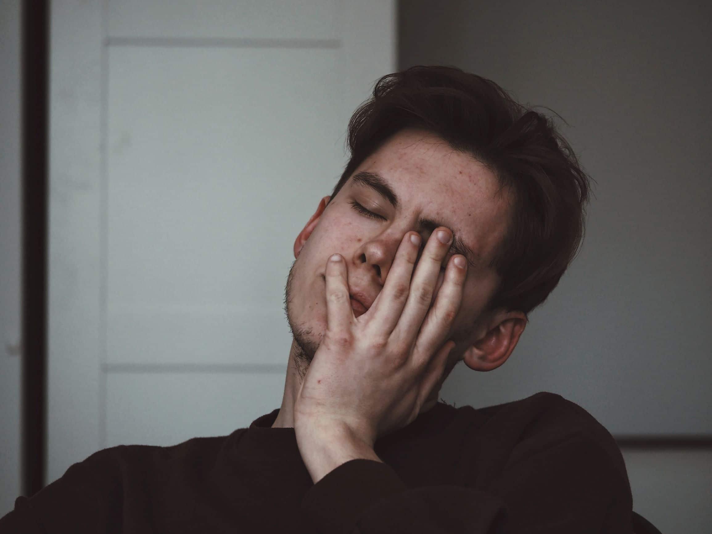 headaches making it difficult to sleep