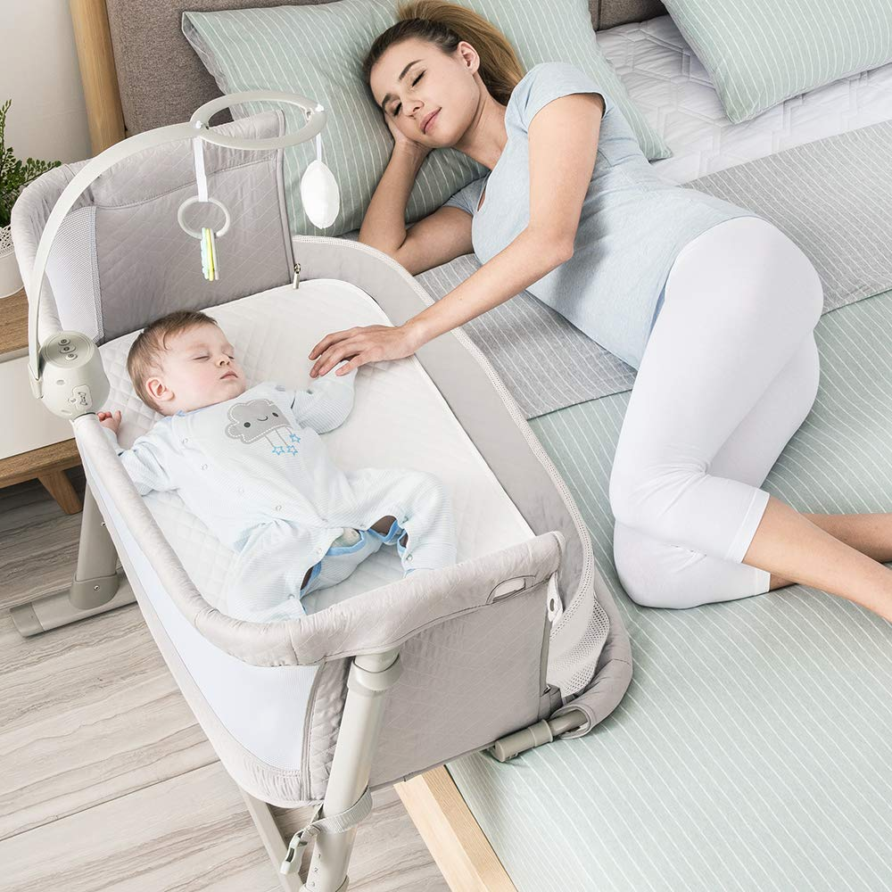 baby bassinet ideal for being bedside