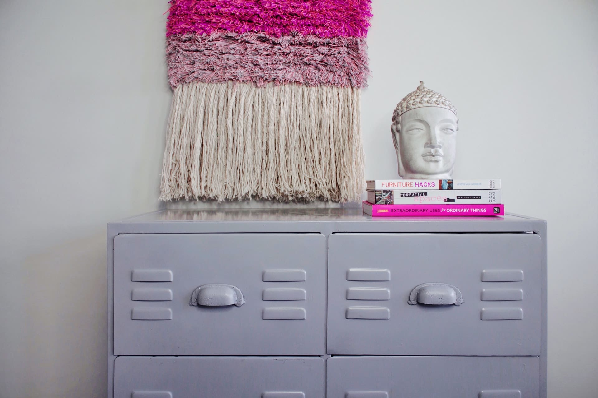 quick tips for keeping your bedroom organized