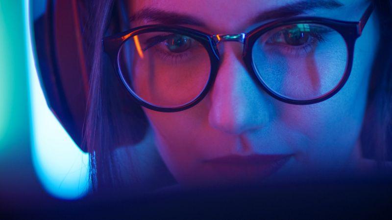 blue light blocking glasses help you sleep